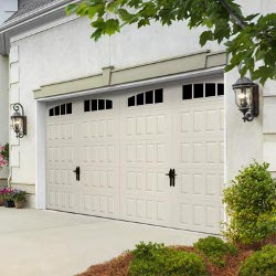 Amarr Hillcrest Steel Carriage Door